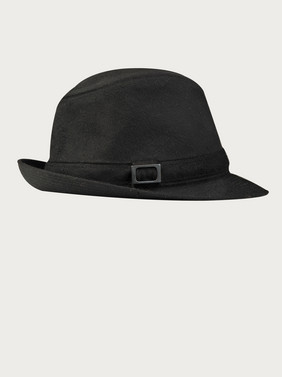 Superfine-black-hat-side